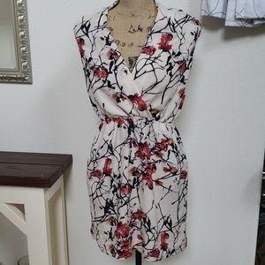 Kensie dress sleeveless cherry blossom small